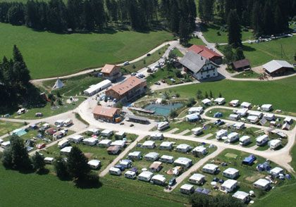 CAMPING CERNEUX